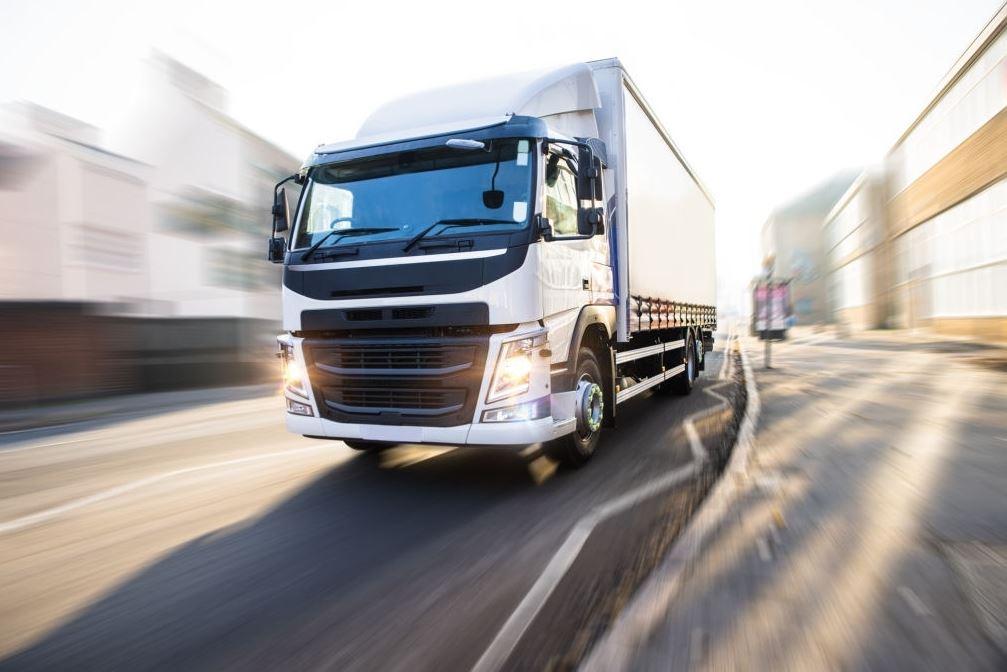 Precio seguro cabeza tractora: 3 tips para contratar